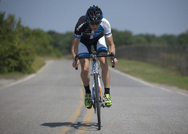cycling-1813444_640